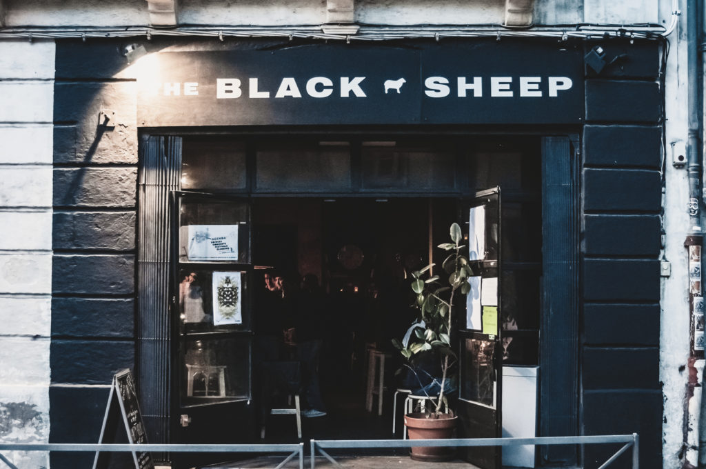 Enseigne The Black Sheep