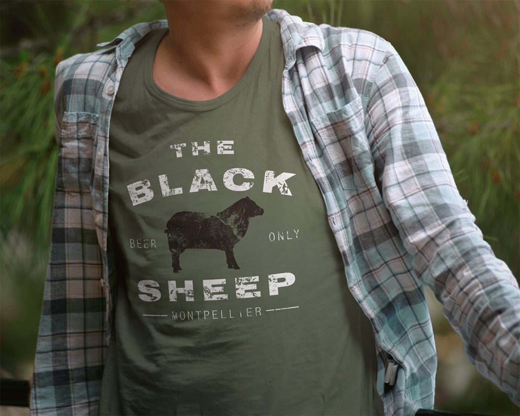 T-shirt The Black Sheep